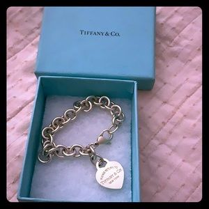 Return to Tiffany and Co. Heart Tag Bracelet